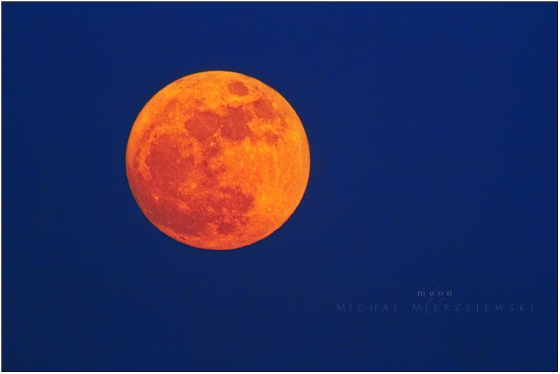 moon 001 by werol