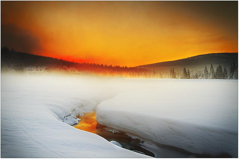 Sunrise Door by werol