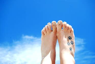 Feet in the Sky by jeezkay
