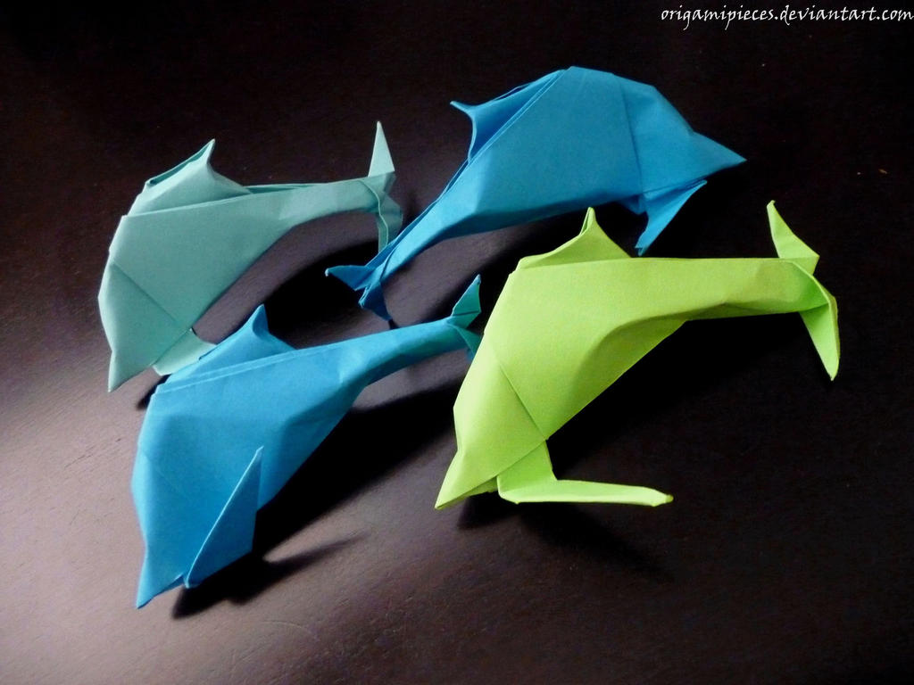 Origami Dolphin by OrigamiPieces