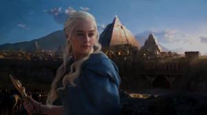 Daenerys Targaryen is Coming    Game of Thrones by HarunoSakura343