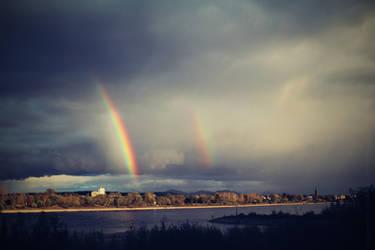 Rhine, Siebengebirge and double Rainbow