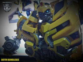 Transformers Bumblebee by areev19