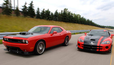 SRT10 Challenger and ACR Viper by suzq044-chopartist