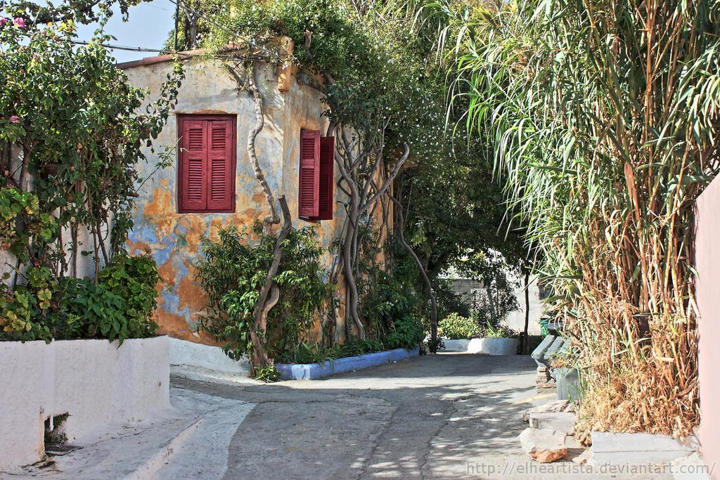 In Plaka, near Acropolis, Athens, Greece by elheartista
