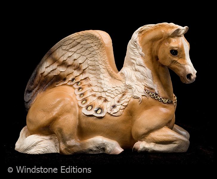 Palomino Pegasus mare by Reptangle