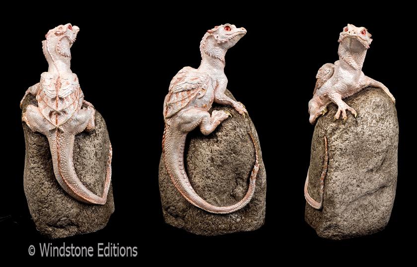 Albino rock dragon by Reptangle