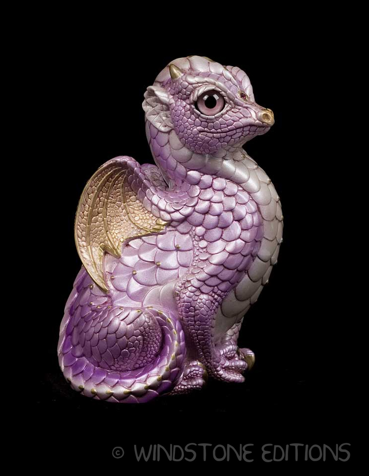 Lavender fledgeling dragon by Reptangle