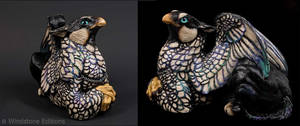 Silver Sebright Female griffin by Reptangle