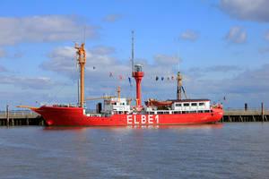 Elbe 1 by LotusOnlineDe