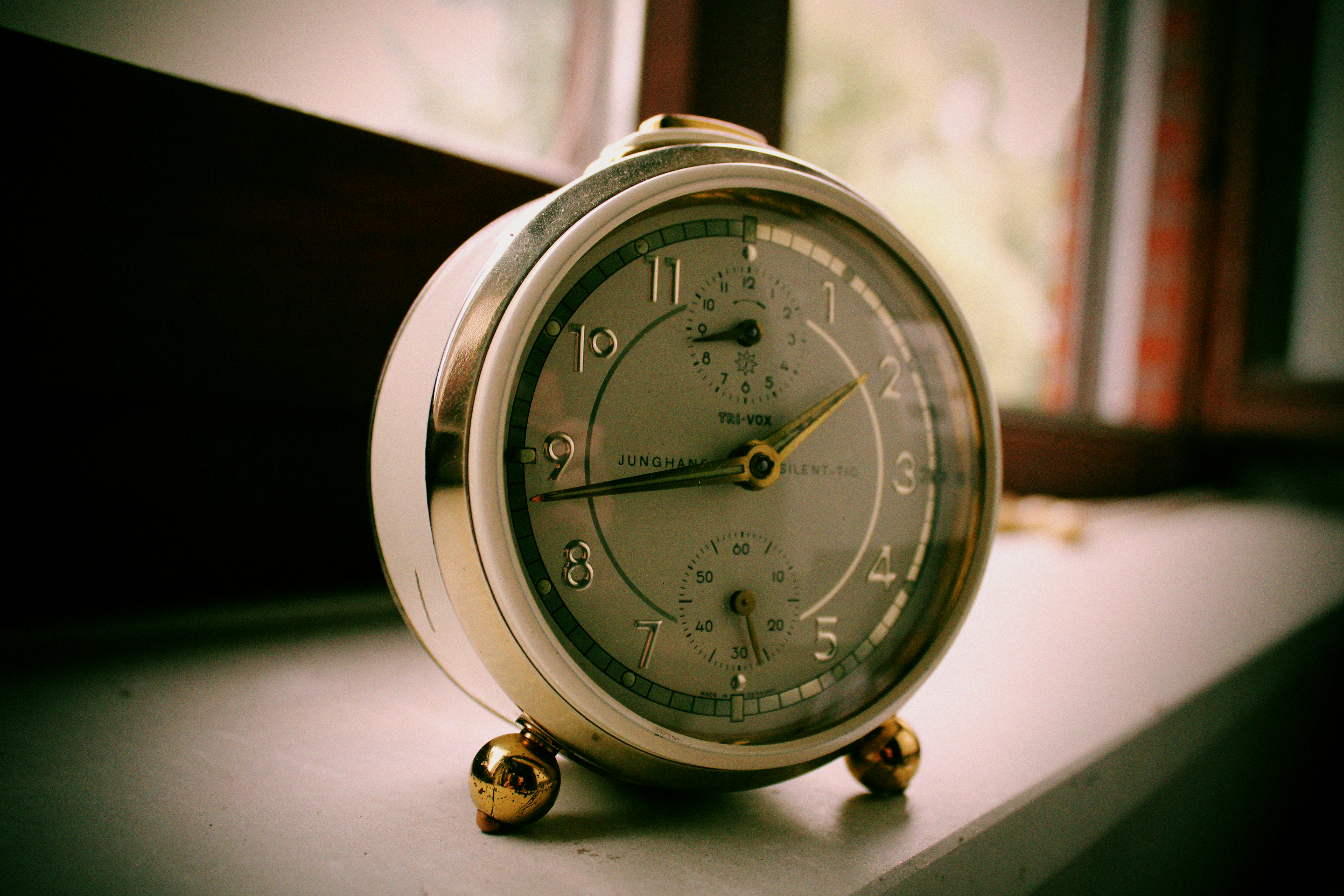 Vintage Alarm Clock By LotusOnlineDe