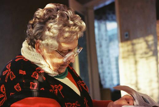 Reading Grandmother
