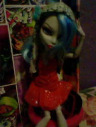 Ghoulia Yelps by Odscene