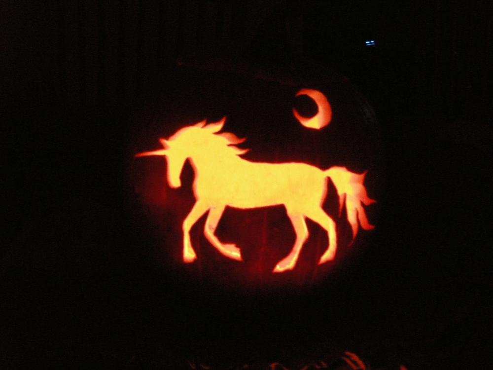 Unicorn pumpkin lit by akuinnen on deviantart