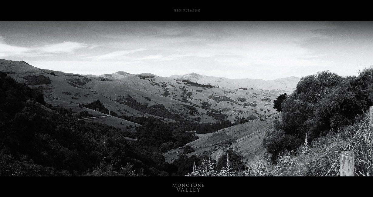 Monotone Valley by MediaDesign