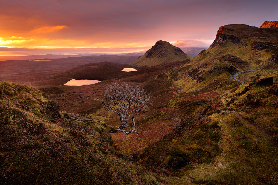 Majestic sunrise at Quiraing by pestilence