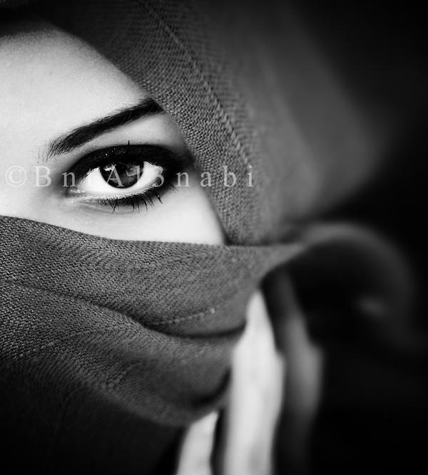 Arabian Hidden Beauty by Bntal3nabi