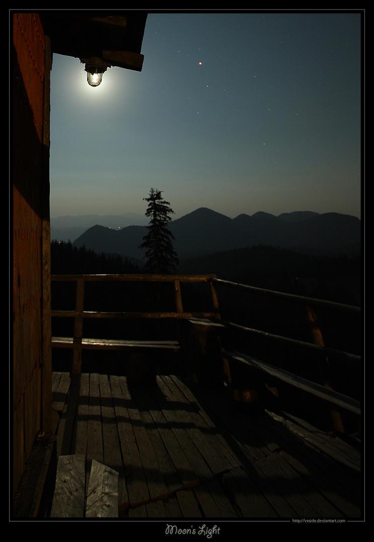 Moon's Light by vxside
