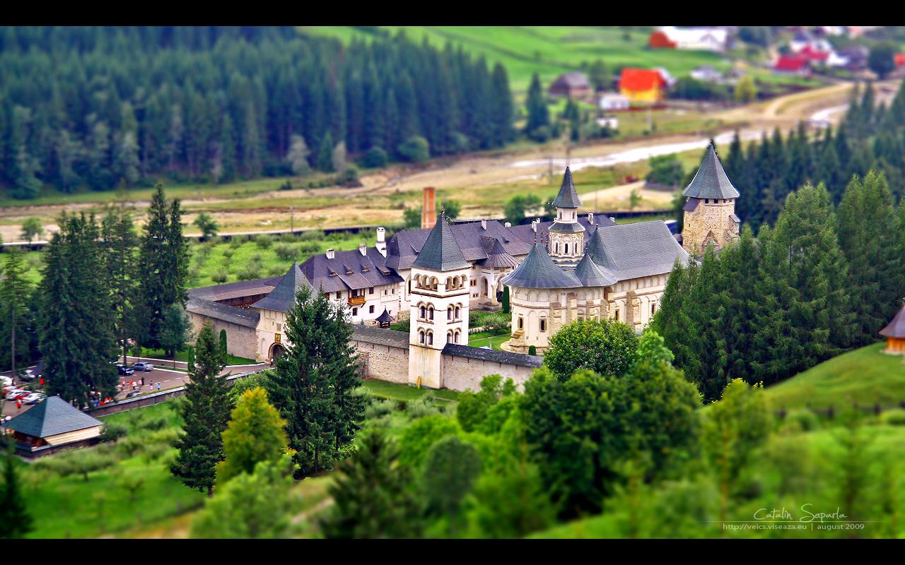 Putna Monastery by vxside