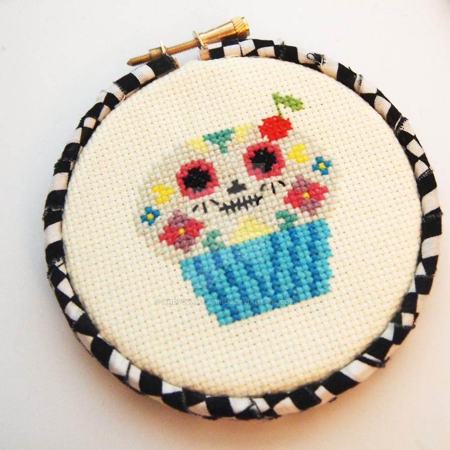 Day-of-the-cupcake-1-cross-stitch-glamasaursu by AndyGlamasaurus
