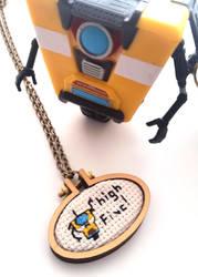 CL4P-TP high five necklace