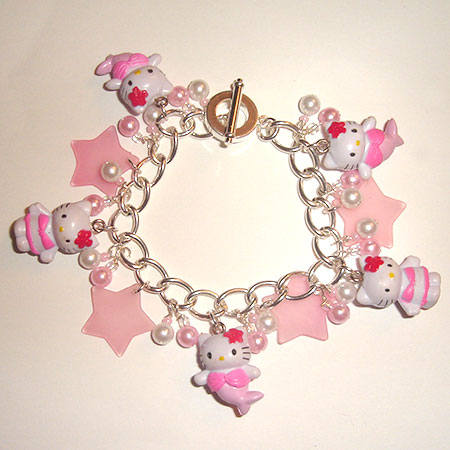 http://fc03.deviantart.com/fs5/f/2006/349/9/0/Hello_Kitty_Charm_Bracelet_by_queenanka.jpg