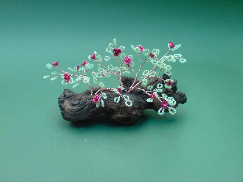 Bonsai Wire Tree Sculpture Beaded Roses by sinisaart on DeviantArt