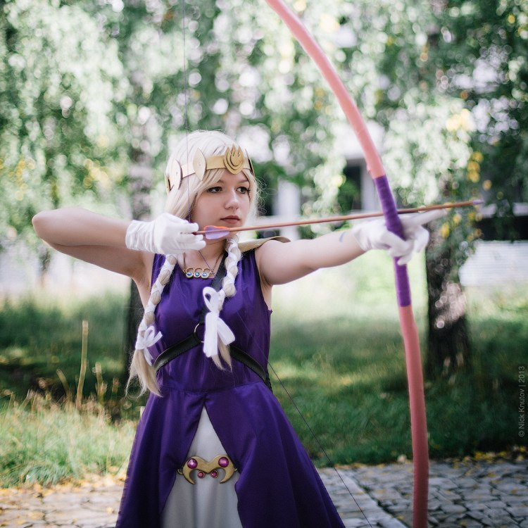 tsot cosplay - Princess and her bow by signore-illusionista