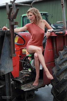 Anna the farmer's wife 13