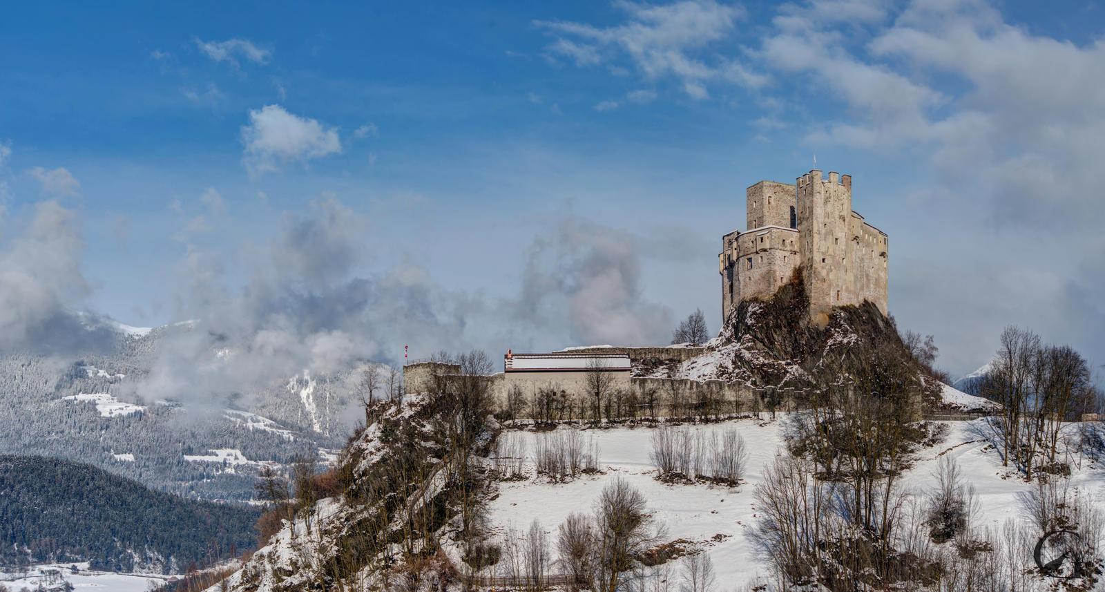 San Martino Castle by MGawronski