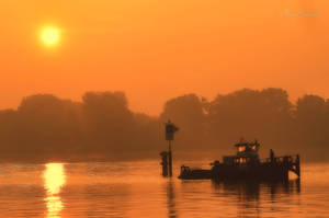 Golden river. by Phototubby