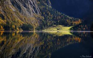 Autmnal reflection. by Phototubby
