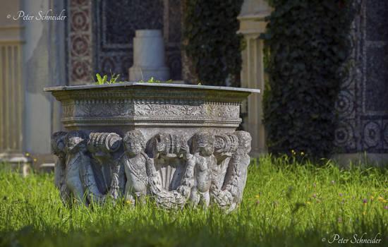 Peles sculptures