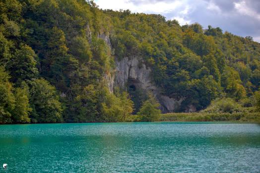 Autumn on saphir lake.