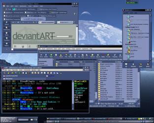 Desktop Clutter, June 11 2005 by KewlioMZX