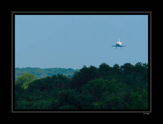 STS-124 on Final by OpticaLLightspeed
