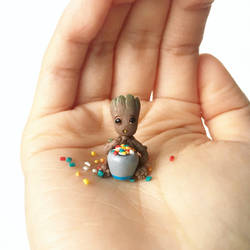 Sweet-toothed Baby Groot
