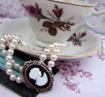 Pearl Cameo Bracelet