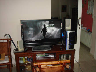 MY PC CONNECTED ON MY TV 1 by spyros07