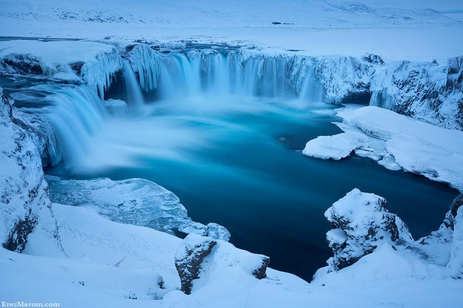 Frozen Gods by erezmarom