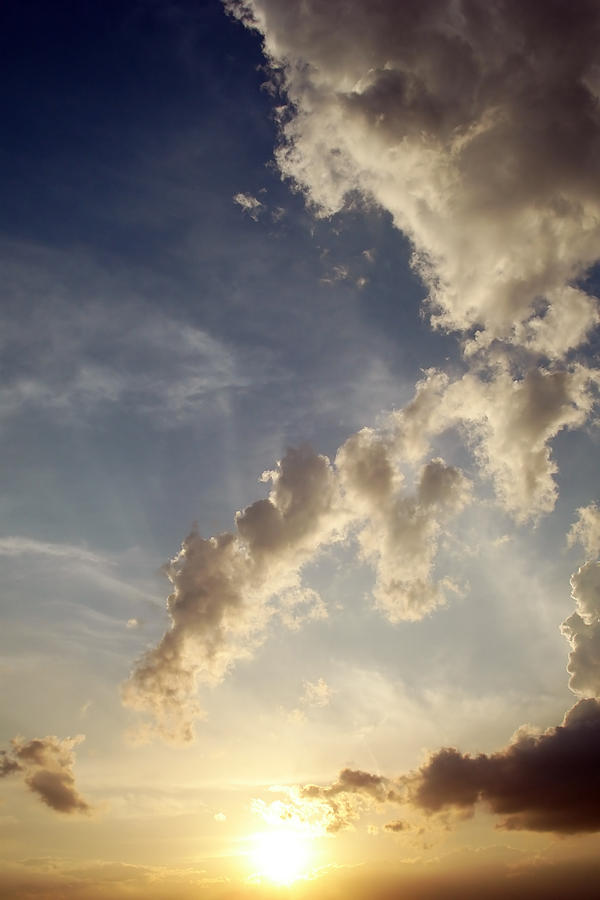 Guarda in alto by SilentCloud
