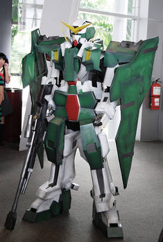 Gundam Dynames - 1 of 4