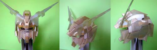 Gundam Unicorn helmet by Clivelee