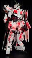 Gundam Unicorn Cosplay