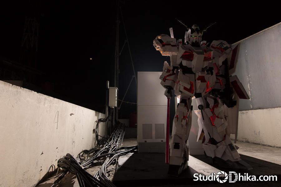 Gundam Unicorn by Clivelee
