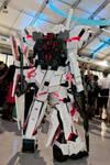 Unicorn Gundam cosplay rear view