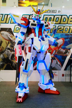 Star Build  Strike Gundam cosplay - test
