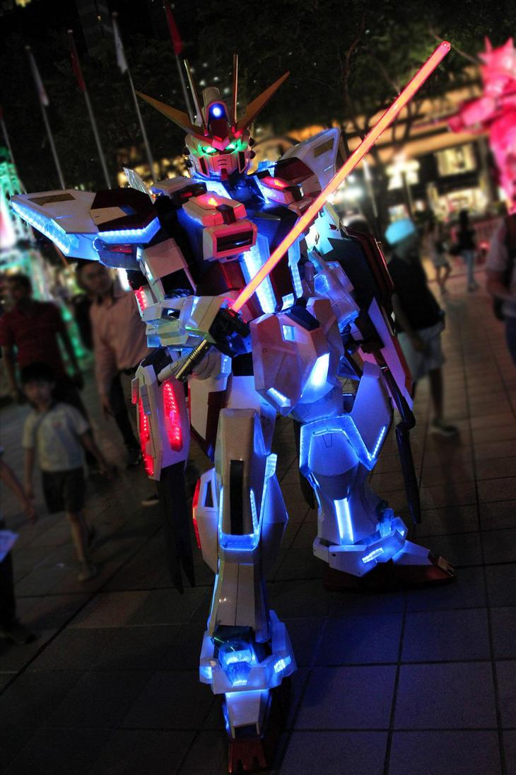 Star Build Strike Gundam Cosplay by Clivelee