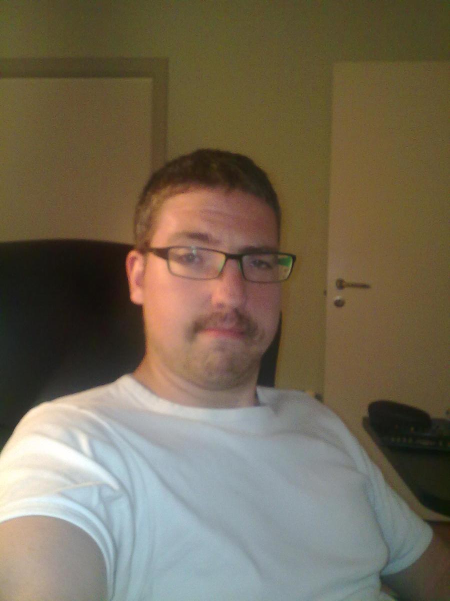 SHADOWLOUIX's Profile Picture