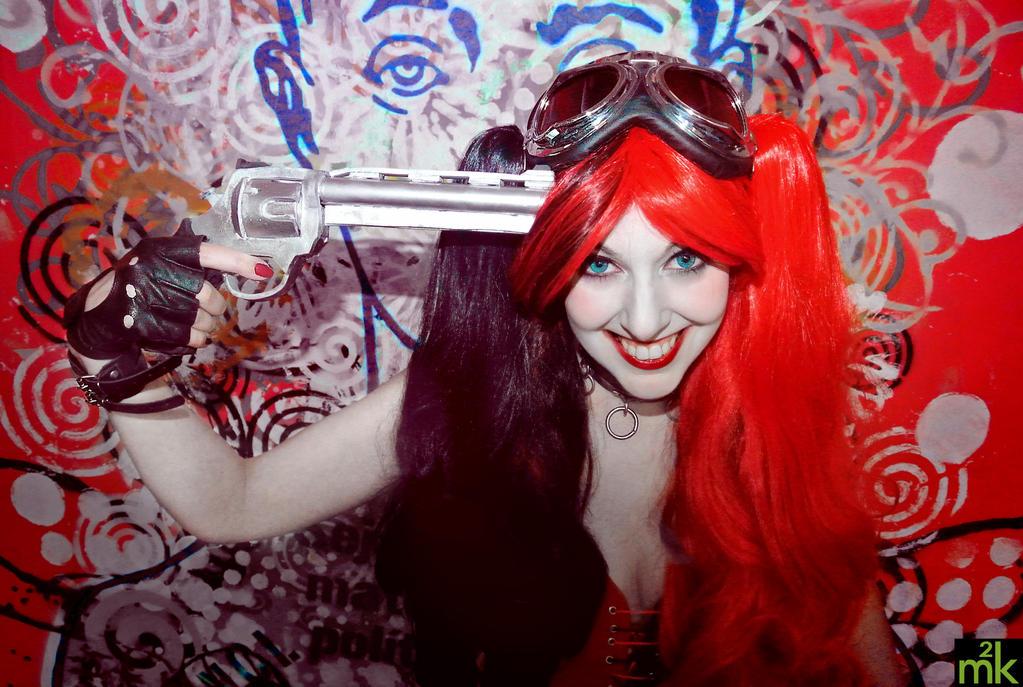 harley's madness returns by Kitty-Valentine